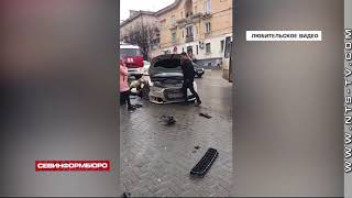 В центре Севастополя автомобиль въехал в дом