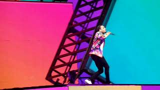 Chris brown- Rock your body live