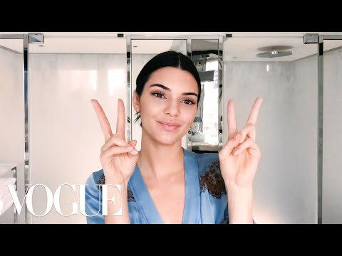 45 Beauty Secrets in 5 Minutes—Here's Everything We Learned in 2017   Vogue