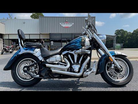 2005 Yamaha Road Star Midnight in Greenville, North Carolina - Video 1