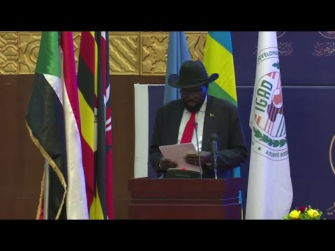 South Sudan government, rebels sign final power-sharing deal