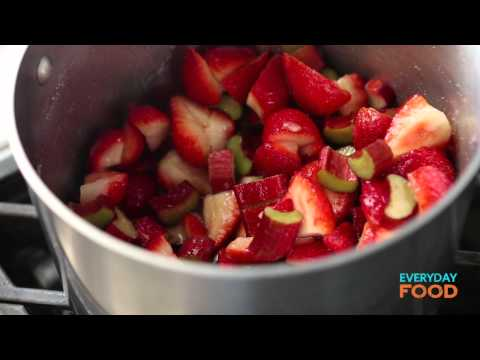 Video Strawberry-Rhubarb Sundaes | Everyday Food with Sarah Carey