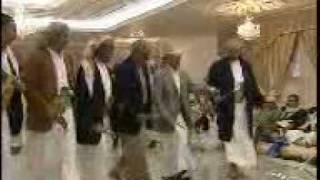 preview picture of video 'رمز اليمن في لحظه مرح ولو لدقيقه بعيدا عن هموم السياسة'