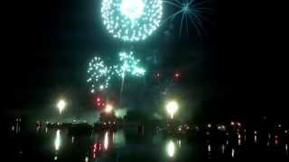 preview picture of video 'Fireworks 2014 Shot from Boat in Saginaw River in Saginaw Mi'