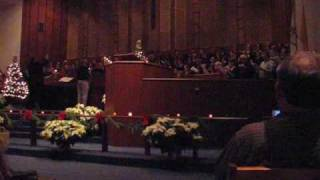 preview picture of video 'Hallelujah Chorus - Adrian College Candlelighting Service 12-7-2008'