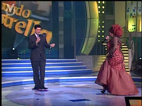 """Buscando una estrella - Celia Cruz canta """"Rie, llora"""" 28 de abril"""