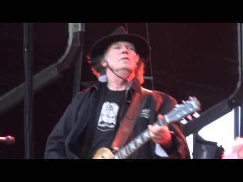 Neil Young & Crazy Horse - Cinnamon Girl Live at RDS Dublin Ireland 2013