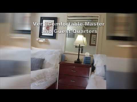 Trumpy Classic fiberglass hull video