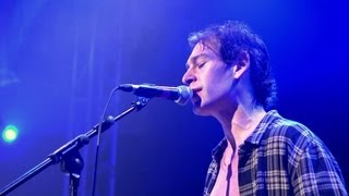 """Matisyahu """"Live Like A Warrior/Fast Car (Tracy Chapman Cover) - Acoustic""""  - 02, London"""
