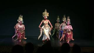 Apsara Dance- Robam Apsara - របាំអប្សារា