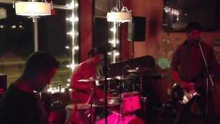 The Valveenus - Too Late (Snuff cover)