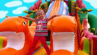 Развлекательный Центр для Детей с БАТУТАМИ и Горками   Fun Indoor Playground for Kids