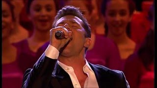 Woolworths Carols in the Domain - David Campbell - O Come All Ye Faithful (2011)