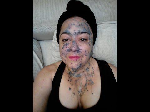 Mask mula sa pamumula sa mukha at acne