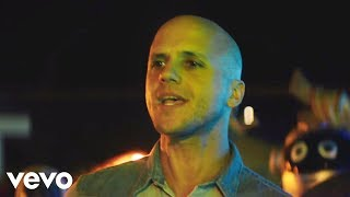 Summer Days - Sebastián Yatra feat. Milow (Video)