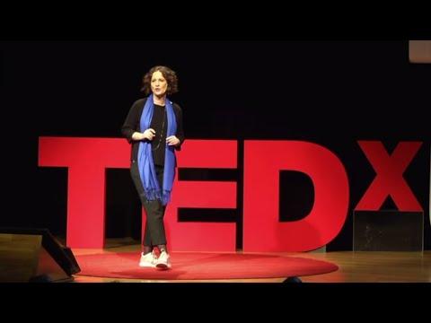 Industria 4.0: una revolución para las personas | Beatriz Gonzalez | TEDxUDeusto