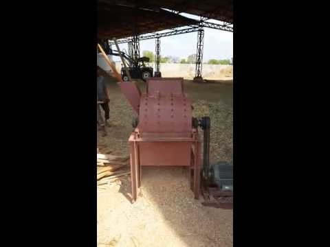 Wood Chipper Cutting Machine