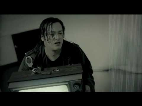 Five A.M. vid featuring  Ice-T, Rumer Willis, Eddie Furlong