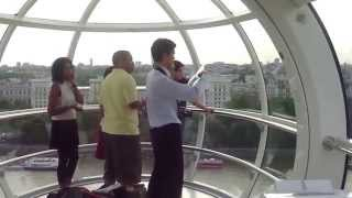 preview picture of video 'Ride on the London Eye, Part 1, July 6, 2010'