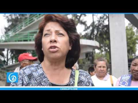 Habitantes de la colonia Guadalupe Victoria en Texcoco, ya cuentan con puente peatonal