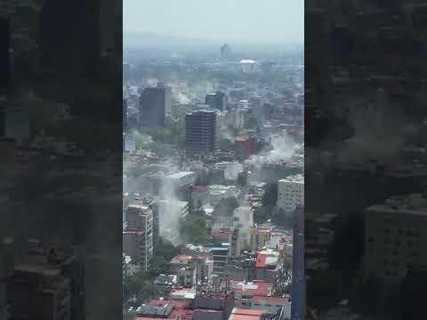 La ciudadanía graba la historia de la ciudad de México