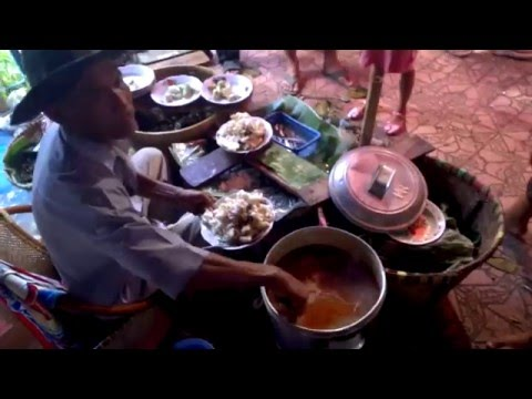 Video Docang - makanan khas cirebon di muludan 2015