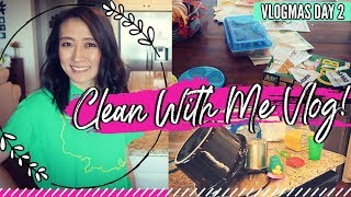 SPEED CLEAN WITH ME VLOG STYLE // CLEANING MOTIVATION // Vlogmas Day 2!