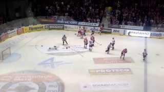 preview picture of video 'Dvojí bitka v derby!'