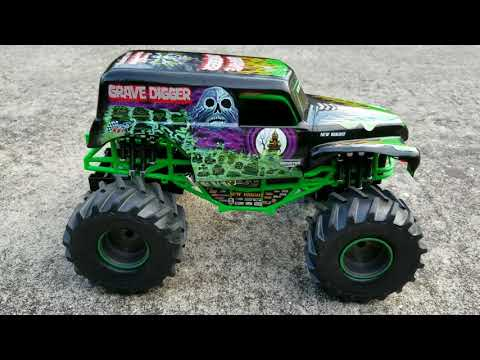 New Bright Monster Jam Remote Control Grave Digger Review