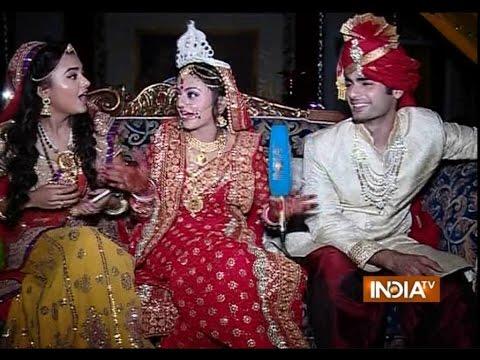Swaragini - Jodein Rishton Ke Sur: Swara and Sanskar Get Married - India TV