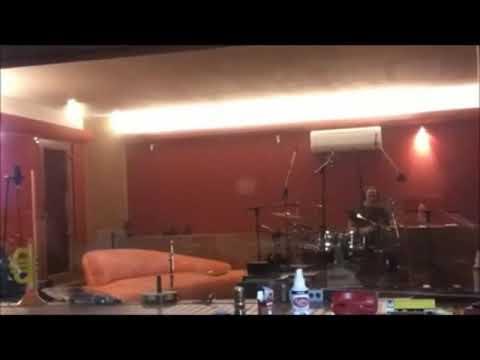 Opera - Nahrávání bicích ve studiu