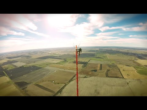 Climbing A 460 Metre Radio Tower Without Safety Gear Is Stupid For So Many Reasons