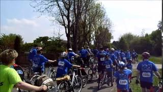 preview picture of video 'LVZ Fahrradfest in Leipzig 2014 IKK Volksbank 23 km Tour'