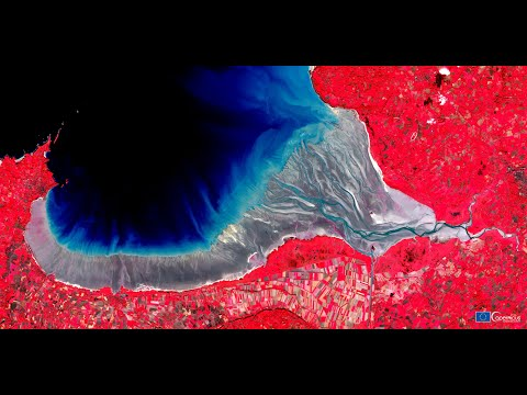 Copernicus: Where art meets science - Explore Canada and Europe from space