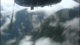 preview picture of video 'Yeti Airlines takeoff Lukla airport Nepal.'