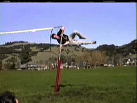 Patented Guy Wire Free Volleyball Net