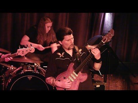 Ein Konzert von Earth im Club Schocken in Stuttgart