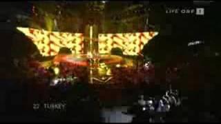 Kenan Dogulu-Shake it up Shekerim