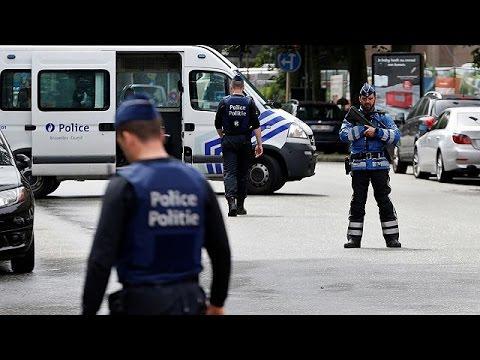 Βέλγιο: Συλλήψεις για αποτροπή τρομοκρατικών επιθέσεων – Στέκια φιλάθλων στις Βρυξέλλες ο στόχος