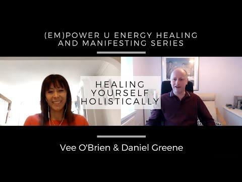 Interview - Health & Happiness with Vee O'Brien<br />An interview with Vee O'Brien where she shares her thoughts on weight loss, healthy eating, emotional eating issues, and her love of essential oils.