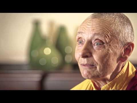 Sexismo, preconceito e desumanização | Jetsunma Tenzin Palmo on sexism and buddhist nuns