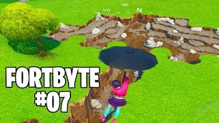 Fortnite Fortbyte #7 - Using The Cuddle Up Emoticon Inside A Rocky Umbrella