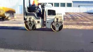 preview picture of video 'Asphalt Swan Hill - Rolling & Join Heating Asphalt Video 3.mov'
