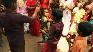 Ritual Dance by Children - Kodungalloor Bharani Festival, Thrissur