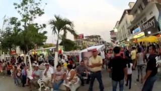 preview picture of video 'Parque Central Minatitlan.m4v'