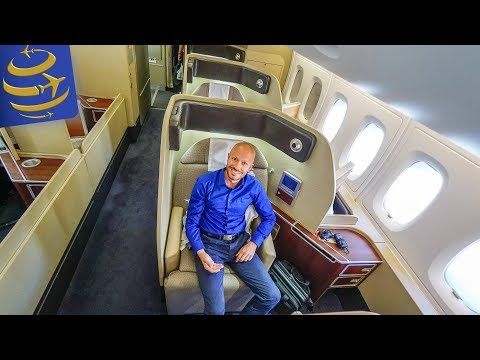 Qantas First Class A380 SYD-LAX & an outstanding crew | Luxury Aviator