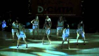 Подруги Настя Шевченко и она танцуют Go Go