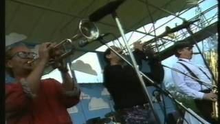 Tower Of Power - A Little Knowledge (Is A Dangerous Thing), Live in Pori Jazz 1991