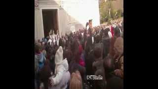 preview picture of video 'Pasqua 2015-Processione delle Vare a Vibo Valentia -3 Aprile 2015-'