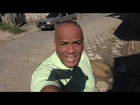 Sabesp Cupim das ruas de Juquitiba deixa um buraco faz um mês na Avenida 31 de Março na Favela do Justinos e Pior tem vereador pagando pau para a Sabesp e Mole !!!